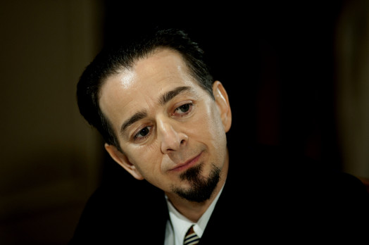 Enrico Salimbeni interpreta l'Avv. Enzo Masetti